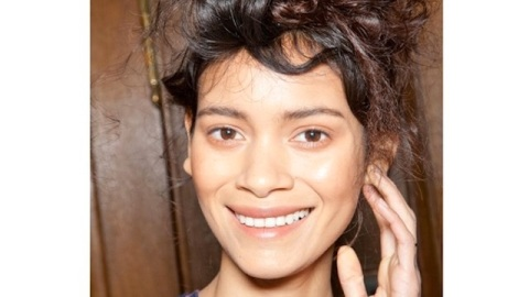 Undone Is The New Done: Tips To Achieving Fall Runway Hair | StyleCaster