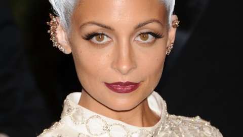 The Most Memorable Met Gala Beauty Looks Over the Years | StyleCaster