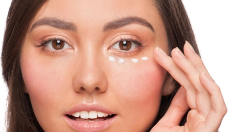 Should You Start Using Eye Cream? | StyleCaster