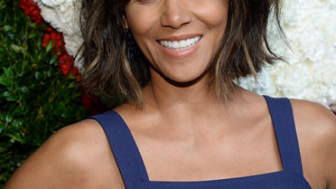 Halle Berry's Wavy Bob Wins Everything | StyleCaster