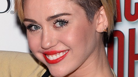 Miley Cyrus Shows Us How to Really Grow Out a Pixie | StyleCaster