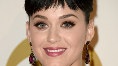 Beauty Buzz: Katy Perry's Bangs and Bob, How to Look More Awake, More | StyleCaster