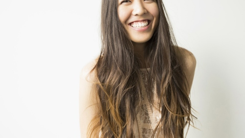 10 Things No One Ever Tells You About: Growing Out Your Hair | StyleCaster