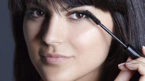 Beauty Buzz: At-Home Eyelash Tinting, TSA Beauty Horror Stories, and More | StyleCaster