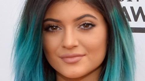 Kylie's Lip Liner Explained | StyleCaster