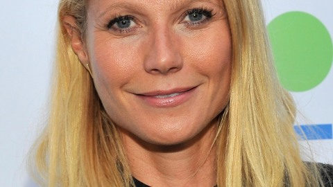 Beauty Buzz: Gywneth Paltrow Talks Facials, What to Know About Safe Cosmetics, and More | StyleCaster