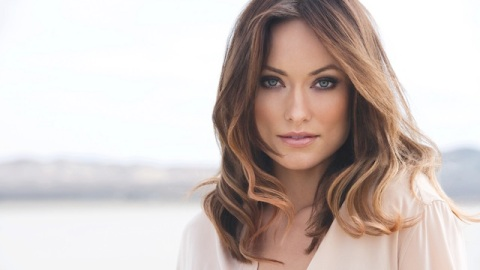 Beauty Buzz: Olivia Wilde is New Face of Avon Scent, Beauty Gurus PixiWoo Share Their Must Haves, More | StyleCaster