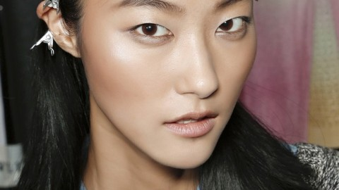 Tips For How to Get the Spring 2013 Makeup Trends From a MAC Cosmetics Pro   StyleCaster