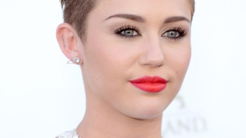 Miley Cyrus' Makeup Artist Talks About Her Bold Look and How to Make it Your Own | StyleCaster