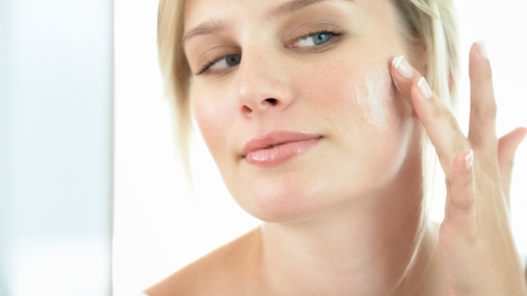 How to Start Using Anti-Aging Products   StyleCaster