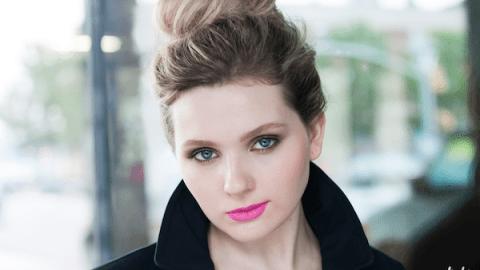 Get Abigail Breslin's Modern Take On the Pink Lip   StyleCaster