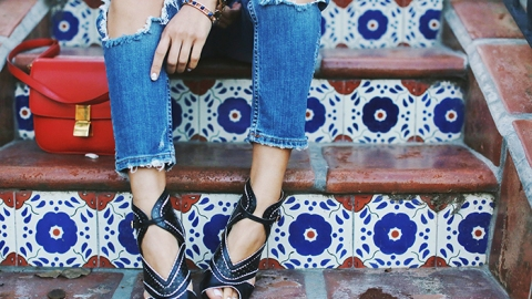 40 Killer Ways to Wear Baggy Jeans | StyleCaster