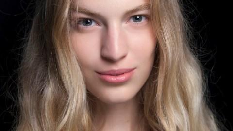 Easy Tricks to Prevent Oily Hair | StyleCaster