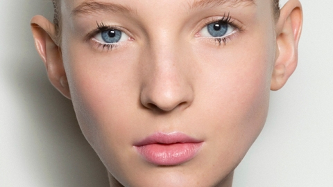How to Deal with Unpredictable Skin   StyleCaster