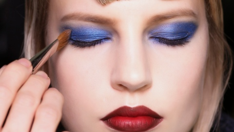 Tips on Mixing Bold Makeup Colors | StyleCaster