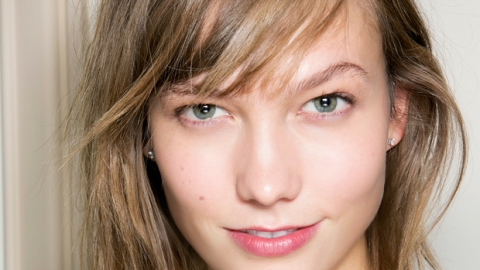 Find Out the True Cause of Your Breakouts | StyleCaster