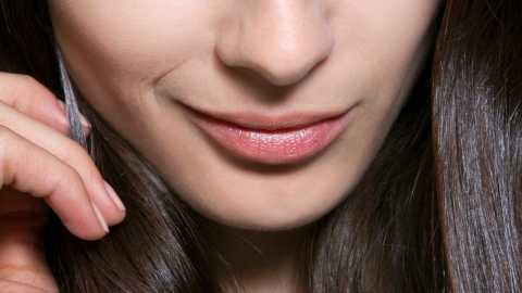 Fake It Until You Make It: Smaller Forehead | StyleCaster