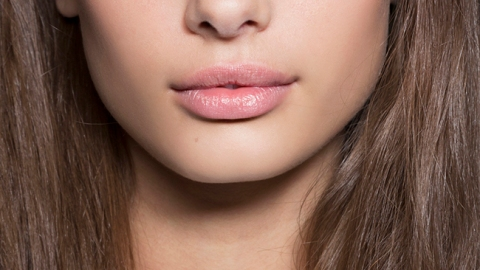 How to Wear Foundation If You Hate Foundation | StyleCaster