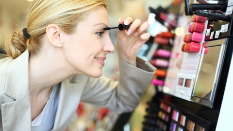 How to Make the Most of Your Visit to the Makeup Counter | StyleCaster