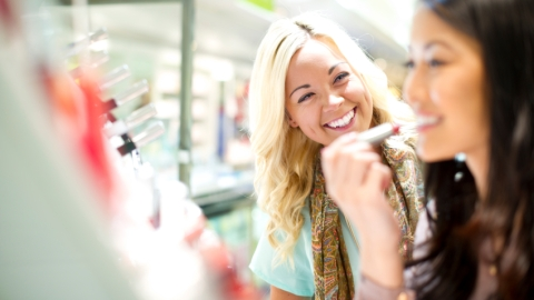 8 Things to Do Before Leaving the Beauty Counter   StyleCaster