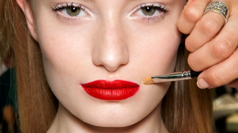 Lipstick Bleeding? Not With These Expert Tips | StyleCaster