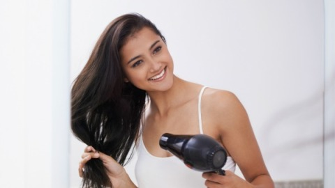 How to Cut Down on Your Blow-Dry Time | StyleCaster