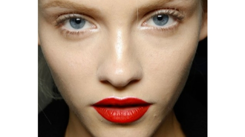 Research Proves Bold Lipstick Makes You Look Younger: Do You Agree? | StyleCaster