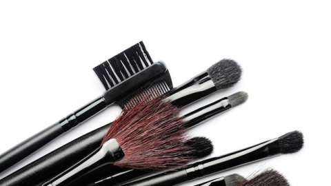 How to (Really) Clean Your Makeup Brushes | StyleCaster