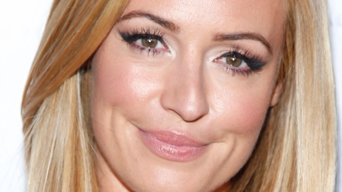 Beauty Buzz: Cat Deeley's Beauty Secrets, How to Shrink Your Pores, More | StyleCaster