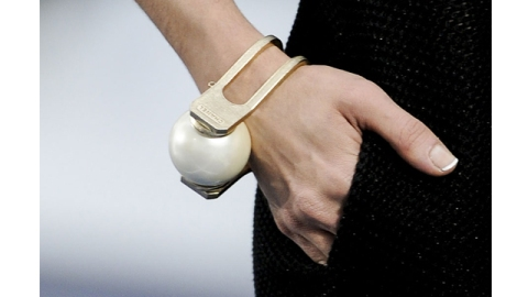 BREAKING: Chanel Brings Back the French Manicure | StyleCaster
