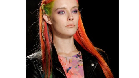 More Proof That Colored Hair is Here to Stay: Model Chloe Norgaard Rocks the Look | StyleCaster