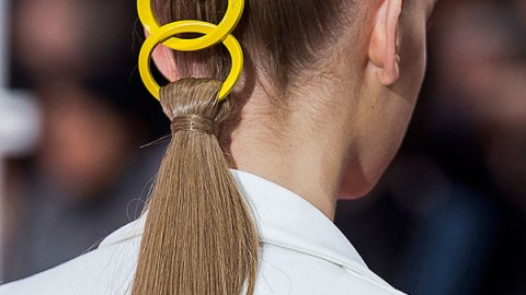15 Cool Updos to Wear This Year | StyleCaster