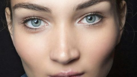6 Ways to Make Your Makeup Last | StyleCaster