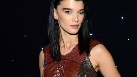 Beauty Buzz: Crystal Renn for Reem Acra, The Faces of Hitchcock Beauties, More | StyleCaster