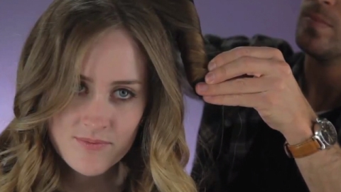 WATCH: How to Curl Your Hair With a Curling Wand | StyleCaster