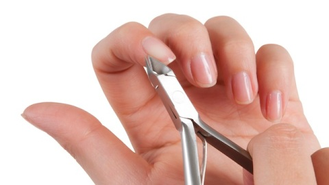 Cutting Your Cuticles: What Salons Don't Want You to Know | StyleCaster