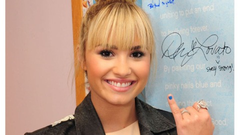 Exclusive: Demi Lovato on Bullying, Red Lips and Simon Cowell | StyleCaster
