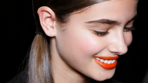 How To Style Dirty Hair: 3 Easy Tricks for That Second Day Look | StyleCaster