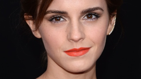 Beauty Buzz: Emma Watson's Beauty Must-Haves, Banish Shine For Good, More | StyleCaster