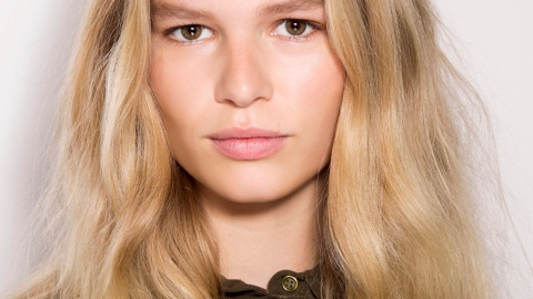 Create Soft Spring Hair On Any Texture | StyleCaster