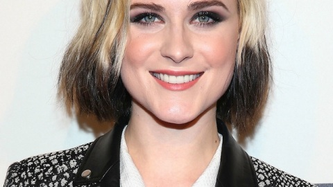 Beauty Buzz: Evan Rachel Wood Dip-Dyed Her Hair, Best Nude Nail Polishes, More | StyleCaster