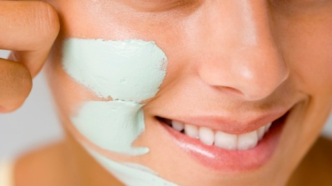 Learn How to Multi-Mask with These Tips   StyleCaster
