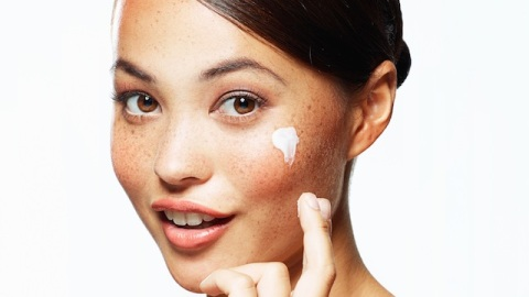 It's Not Too Early: How to Start Saving Your Skin From Aging, Now   StyleCaster