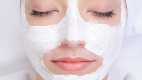 Are Peel-off Face Masks Just a Bunch of Hype? | StyleCaster