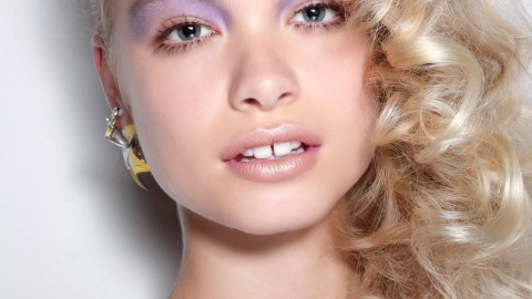 Hot Holiday Hair Ideas for Any Texture | StyleCaster