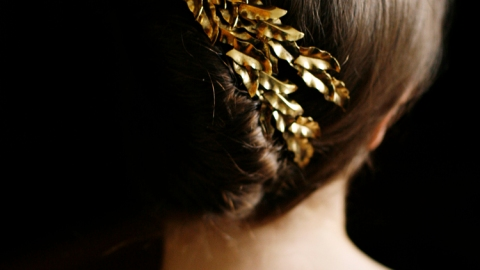 Stunning Holiday Hairstyles Straight From Pinterest | StyleCaster