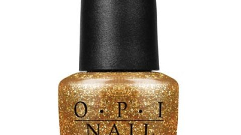 "The One Thing: OPI's ""GoldenEye"" Gold Nail Polish | StyleCaster"