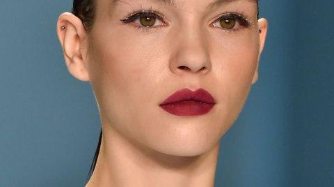 A Stunning NYFW Beauty Look at Carolina Herrera | StyleCaster