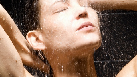 10 Moisturizers You Can Use In The Shower | StyleCaster