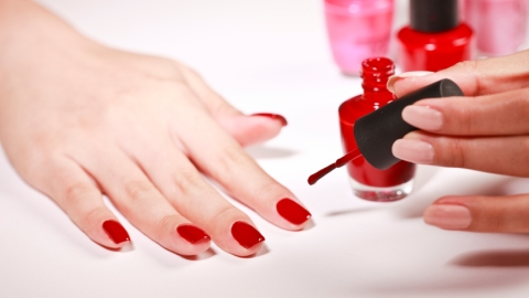 10 Things No One Ever Tells You About: Nail Polish | StyleCaster